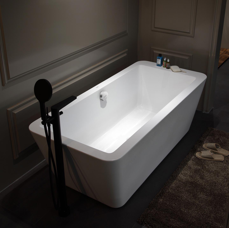 1.75m Acrylic Free Standing Bathtub